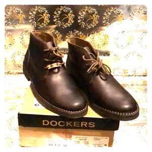 DOCKERS TUSSOCK red brown boots.